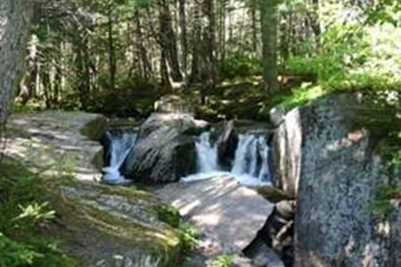 Peaceful, Private, View! Central NH - Rumney
