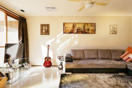 Cosy Queen - Apartment