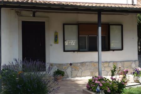 Casa con giardino privato - Barrea