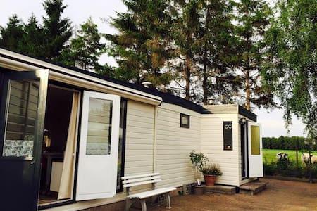 Prive Chalet op 5*camping - Faház