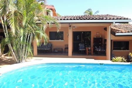 Condo Girasol - Apartment Double - Villarreal, Santa Cruz - Kondominium