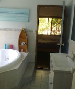 Large double room, ensuite - Redland Bay - House