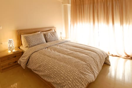 New, bright and spacious 1 bedroom - Thessaloniki - Apartmen