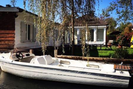 Waterfront Cottage,near Munich,Lake Starnberg - Starnberg