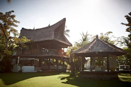 3 BD House for rent Bali Cozy Traditional Joglo. - Mengwi - House
