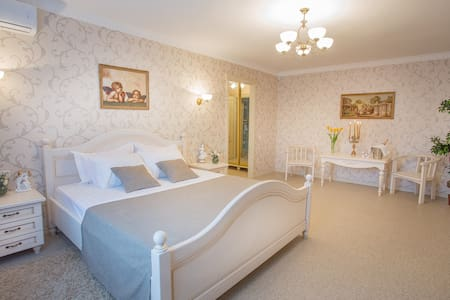 ** Magnificent Suite in Sumy* - Sumy