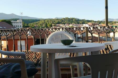 Ático en Arenas de San Pedro con vistas a Gredos - Apartment