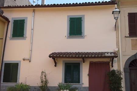 Appartamento a 5km dalla spiaggia -Lago di Bolsena - San Lorenzo Nuovo