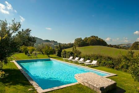 Villa Tramonto-Privacy & Scenic - Provincia di Siena