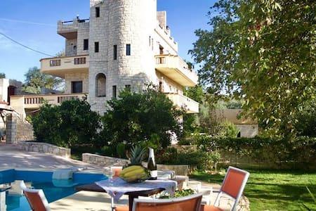 VILLA PALACE MARIA - Villa