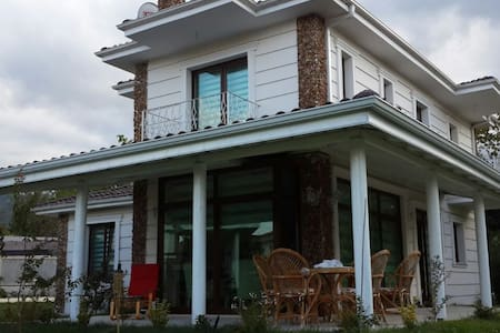 VİLLA COUNTRY BAĞDAT - Villa