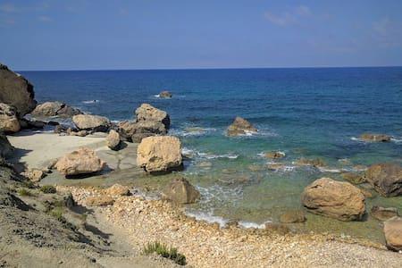 Relaxing small room for two near beaches - Ix-Xagħra - Wohnung