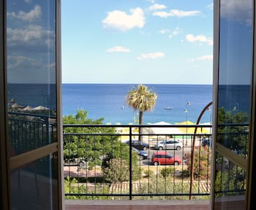 Casa Vacanze Torre Spina - Huoneisto