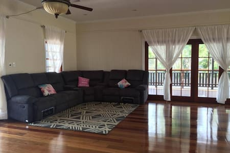 2 Beds (Double+Single) Accommodation close to CBD - Enoggera