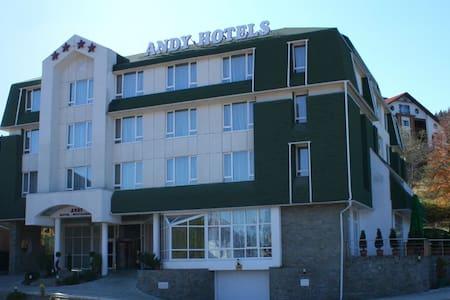 ANDY APARTMENT PREDEAL - Apartmen