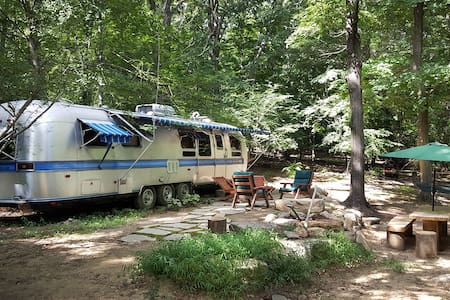 Hudson Highlands Base Camp - Asuntoauto