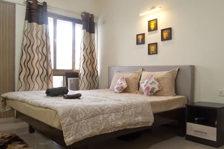 Private Room in The Riviera, Nerul - Apartament