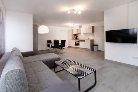 Ferienwohnung Öhringen - Apartamento