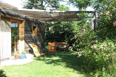 Maison écologique centre de Die - Rumah