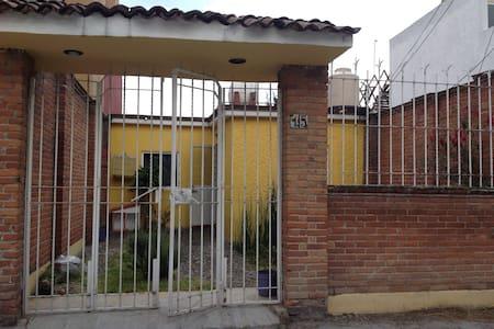 Casa en Metepec - House