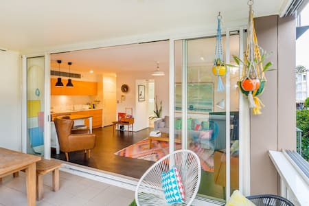 Sunny Apartment with Large Balcony - Bondi Beach - Appartamento