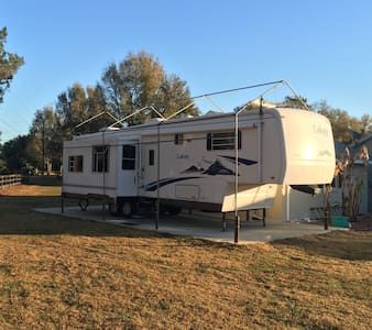 5th Wheel hideaway - Summerfield - Autocaravana