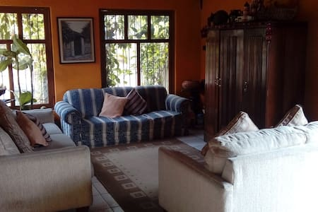 ¡¡Beautiful room in a great place!!