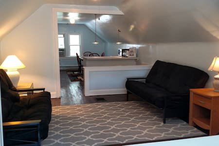 Private Floor in Lakewood - Lakewood - Apartamento