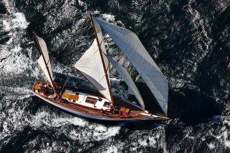 Classic sailing yacht - Båt