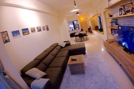 Nice, clean and comfortable room in KK city. - Kota Kinabalu - Kondominium