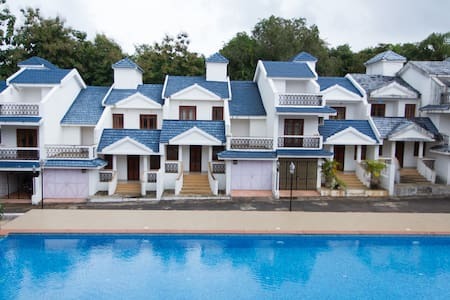 HomeAgain @ 2bhk  poolvilla C4 - Siolim - Villa