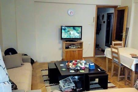 Nice Room in Ataşehir (Metro St 5 mins, Bağdat St) - Pis