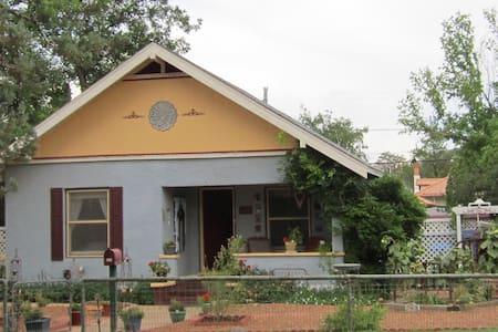 The Lynn House - Bisbee
