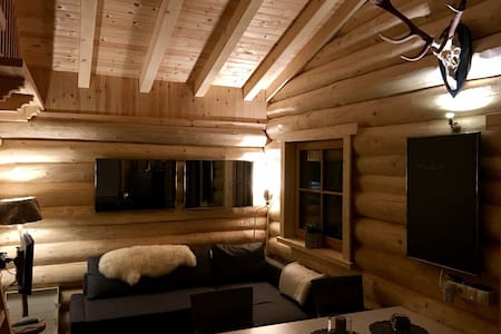 Charming Karwendel Log Cabin: Munich airport link - Scharnitz