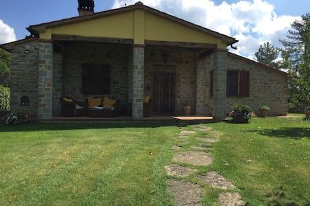 Accogliente Villa Toscana - Montegiovi - Villa