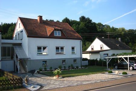 Schöne Ferienwohnung Nähe Bostalsee - Apartment