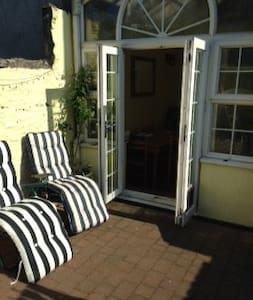 Restful Townhouse Listing 1 - Castletown - Adosado
