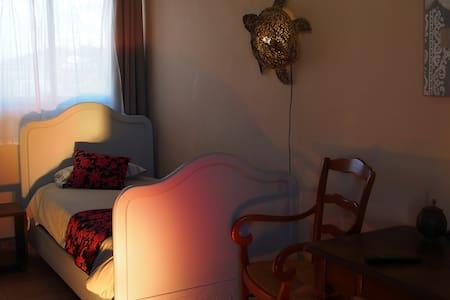 Une étape au coeur du Lubéron * - Bed & Breakfast