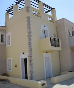 Maisonette with Terrace by the Sea - Magic View!!! - Hus