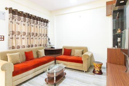 Room with Balcony - Electronic City - Lakás