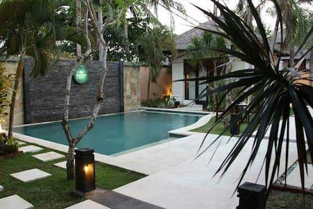 Comfortable Villa at Jimbaran