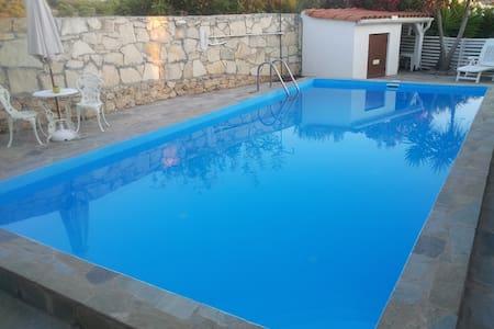 Roumeli v/ Panermos, Rethymno - Panormos - Villa