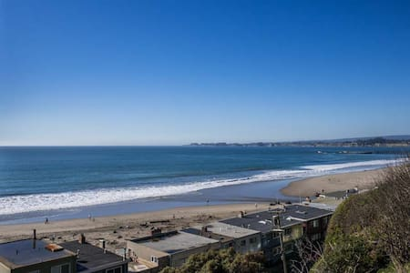 Aptos Luxury Condo with Ocean Views - Aptos