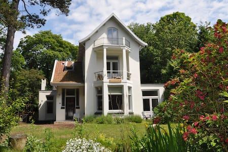 Romantischen Villa am Mer - Schoorl - Villa