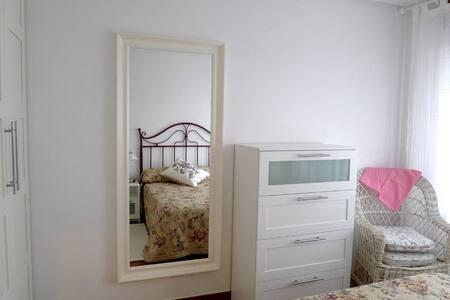 Apartamento coqueto en Playa de Berria Santoña - Huoneisto