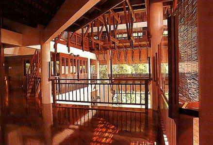 Villa Sri Ananda - Master Suite - Kuala Lumpur - Villa