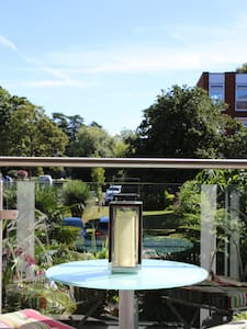 Large 2 Bed apartment overlooking the River Thames - Maidenhead - Apartment