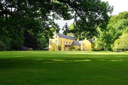 Balnaboth House, Glenprosen, Angus - Hus