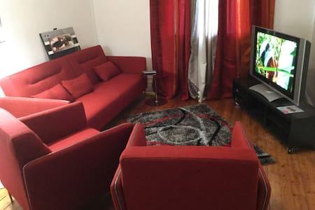 Appt T4 pour 3 couples ou 6 personnes EURO 2016 - Apartamento
