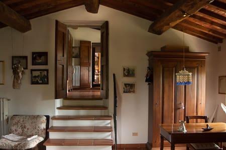 camere attigue per famiglie o amici - Pelago - House
